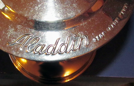 Aladdin name label on model 14 lamp