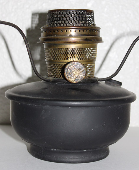 WWII Aladdin steel model B lamp