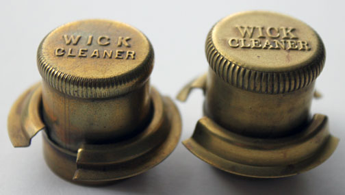 Aladdin wick cleaner for model 11