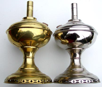 Early and late Aladdin model 2 lamp bases
